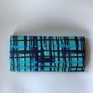Vera Bradley Magnetic Wallet